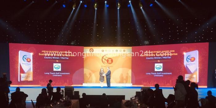 Golf Long Thành nhận giải thưởng Doanh nghiệp vì sự phát triển xã hội bền vững 2019 của ASEAN BAC 15