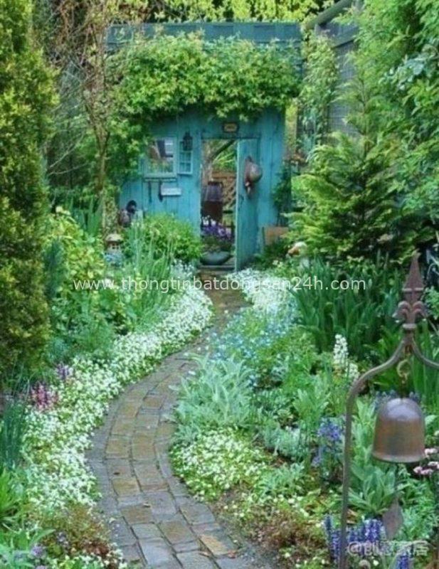 Khi già rồi, tôi sẽ tìm một mảnh vườn nhỏ, trước nhà trồng hoa, sau nhà trồng rau, một bữa trà một bữa cơm, cùng một người san sẻ 1