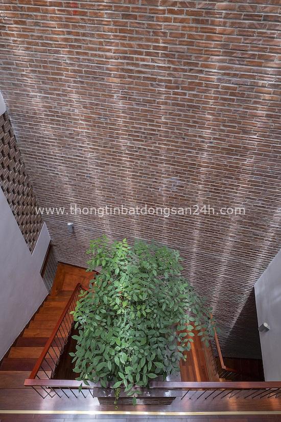 Độc đáo ngôi nhà 5 tầng biết thở ở Bắc Ninh - Ảnh 10.