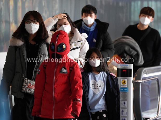 Khổ như tuyển nữ Trung Quốc: Bị cách ly, cấm rời khỏi khách sạn ở Australia vì nỗi sợ virus Vũ Hán - Ảnh 2.