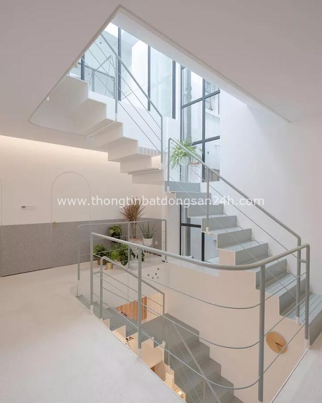 Ngôi nhà có tuổi đời 70 năm lột xác thành không gian hiện đại, tiện nghi dành cho gia đình trẻ - Ảnh 13.