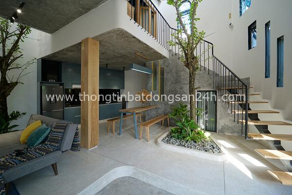 Nhà 'siêu méo' ở Đà Nẵng xuất hiện trên tạp chí kiến trúc Mỹ nhờ khả năng đón ánh sáng tự nhiên 3