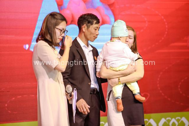 Thương hiệu Việt tổ chức gala cuối năm bằng 500 lá thư tay xúc động - Ảnh 1.