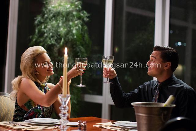 Bông hồng Hollywood Margot Robbie tuyệt đỉnh thanh lịch trong thiết kế Đi nhặt Hạt Sương Nghiêng của nhà mốt Công Trí - Ảnh 1.