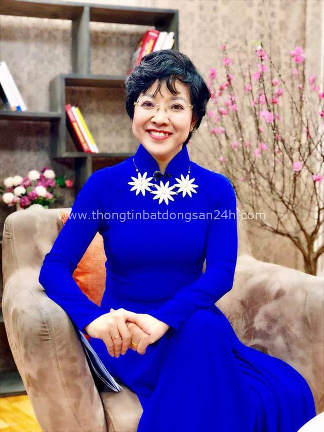 MC Thảo Vân: Đại dịch đã đánh thức lương tri, sự nhân văn, nhân hậu sẵn có trong trái tim mọi người - Ảnh 3.