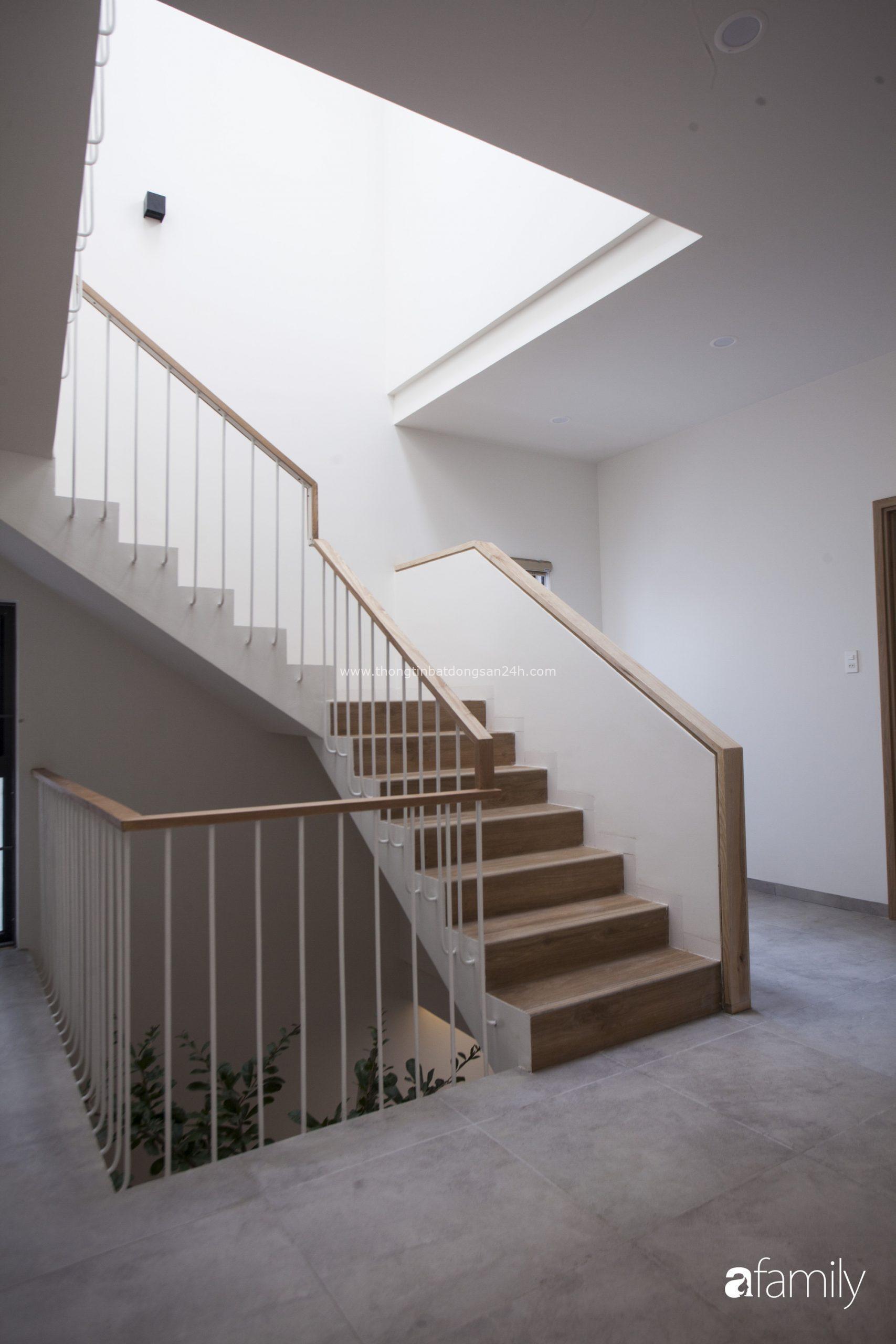 Ngôi nhà 2,5 tầng được áp dụng phong cách tối giản ở Đà Nẵng 3