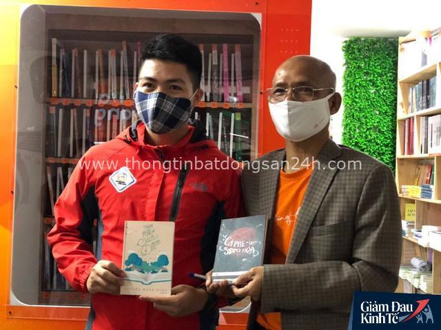 ATM sách đầu tiên ở Hà Nội - lan toả văn hoá đọc và sự sẻ chia tri thức hoàn toàn miễn phí - Ảnh 4.