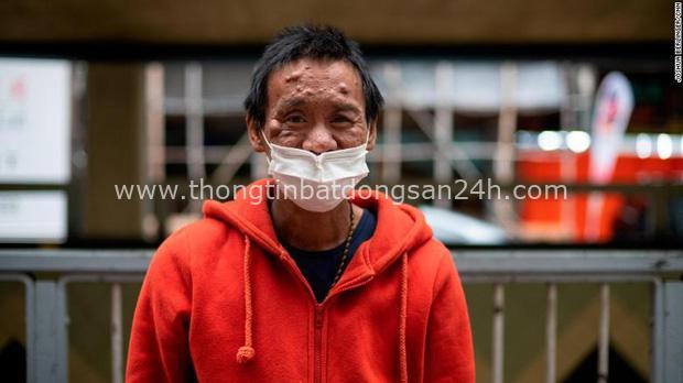 Bi kịch thế giới nhà chuồng cọp ở Hong Kong những ngày cách ly xã hội: Mỗi phòng cả chục người, giãn cách kiểu gì bây giờ? - Ảnh 1.