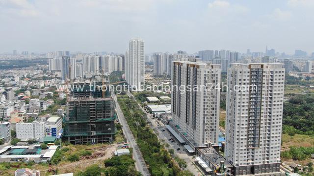 Ken đặc chung cư trên con đường ngoại ô Sài Gòn nhìn từ trên cao - Ảnh 4.
