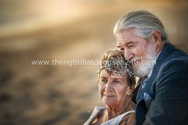 Bộ ảnh cưới độc đáo khiến lớp trẻ phải chạy dài mới kịp của cặp vợ chồng đã đi qua mọi bão giông cuộc đời - Ảnh 2.