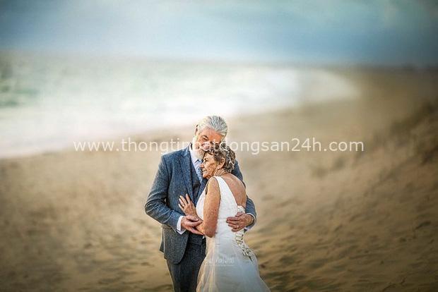 Bộ ảnh cưới độc đáo khiến lớp trẻ phải chạy dài mới kịp của cặp vợ chồng đã đi qua mọi bão giông cuộc đời - Ảnh 6.