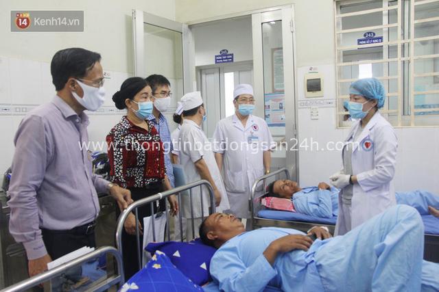 Bố mẹ bị vùi trong đống đổ nát vụ sập công trình kinh hoàng, 2 đứa trẻ bơ vơ trong bệnh viện: Tụi nhỏ không chịu ăn, cứ lo mẹ sẽ chết - Ảnh 17.
