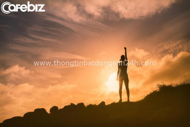 Chỉ ra 6 suy nghĩ rất lầm về người thành công, chuyên gia Nguyễn Phi Vân: Tiền chỉ thỏa mãn nhất thời chứ không phải hạnh phúc trọn đời! - Ảnh 1.