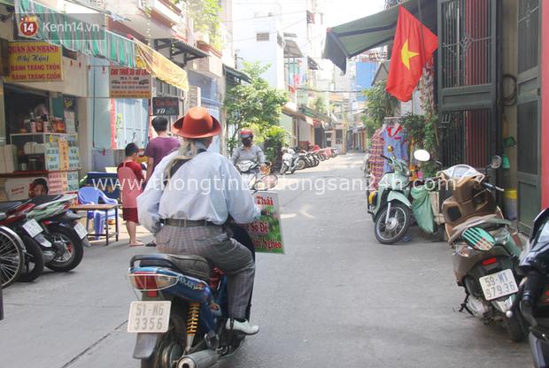 Chuyện ông thần tài đi khắp Sài Gòn để bán vé số may mắn: Có người nói tôi việc nhà không xong mà bày đặt đi giúp người nghèo - Ảnh 13.
