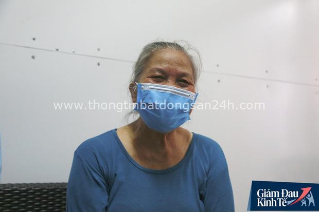 Cụ bà neo đơn, tàn tật ở Hà Nội từ chối nhận tiền hỗ trợ an sinh để nhường suất cho người nghèo hơn - Ảnh 3.