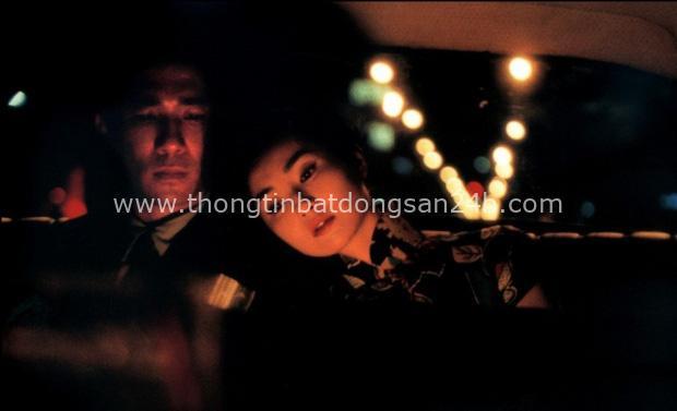 Đã 20 năm từ ngày In the Mood for Love ra mắt: Vì sao bộ phim về ngoại tình trở thành kiệt tác điện ảnh của thế kỉ? - Ảnh 1.