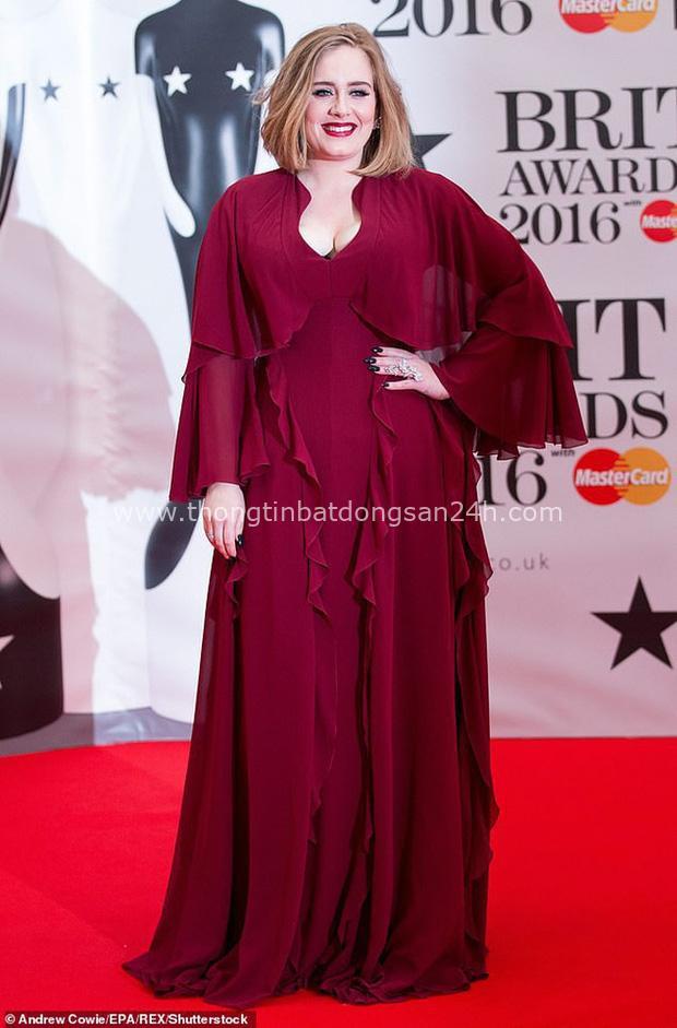Hành trình giảm 45kg thay đổi cả cuộc đời Adele: Đẹp trông thấy, mũm mĩm thương hiệu thành quá nuột, bí quyết là gì? - Ảnh 1.