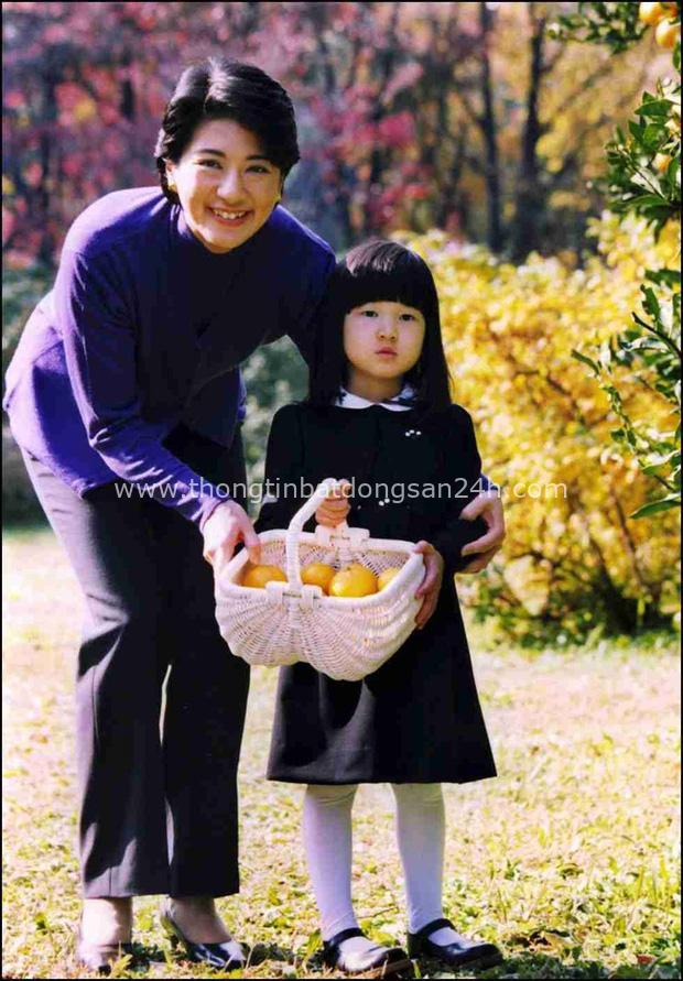 Hoàng hậu Masako - người mẹ từng vượt qua căn bệnh trầm cảm, dùng kỷ luật thép để dạy con sống như thường dân, không có đặc quyền dù là công chúa - Ảnh 19.