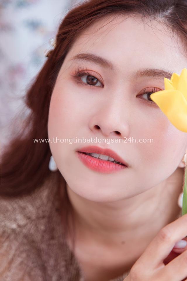 Vén màn công việc lồng tiếng phim cùng cô nàng gây bão TikTok Trang Nguyễn: Người đảm nhiệm thu âm series đình đám Diên Hi Công Lược - Ảnh 2.