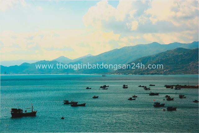 4 địa danh tại Việt Nam xứng đáng để bạn xách ba lô lên và đi: Vừa ngẩn ngơ trước thiên nhiên tráng lệ, vừa thoả mãn khát khao chinh phục điểm đến kì thú - Ảnh 4.
