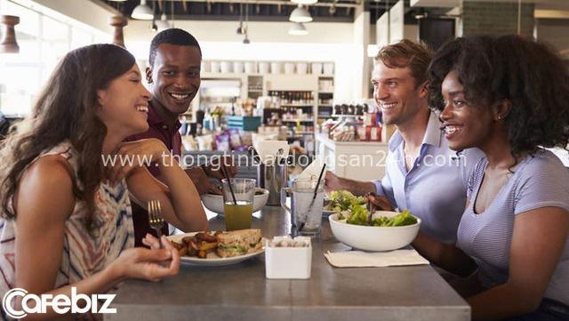 Ăn hàng uống quán: 3 điều nhất định phải tránh nếu không muốn bị coi thường, bất kể là ăn cùng ai - Ảnh 3.