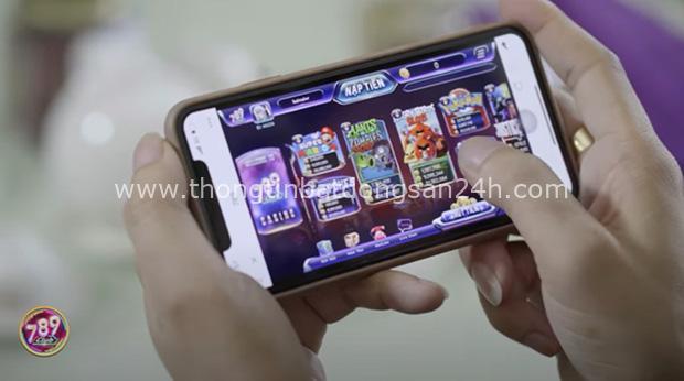 Chân dung Huấn Hoa Hồng: Giang hồ mạng 2 lần đi cai nghiện, thản nhiên ra sách chui và đóng MV quảng cáo cờ bạc trá hình - Ảnh 10.