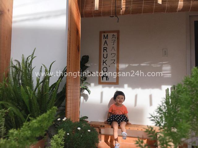 Chán phòng trọ nóng bức chật chội ở thành phố, cặp vợ chồng vay 350 triệu lên Đà Lạt cải tạo nhà cũ theo phong cách tối giản kiểu Nhật vừa ở vừa kinh doanh - Ảnh 18.