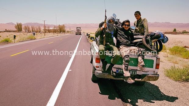 Chàng trai đi phượt bằng xe máy suốt hơn 3 năm qua 62 quốc gia, 6 châu lục sẽ trở về Việt Nam vào ngày mai - Ảnh 10.