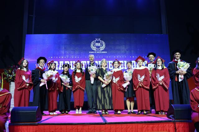 Chính thức công nhận chương trình Tú tài Quốc tế IB tại SNA - Ảnh 1.