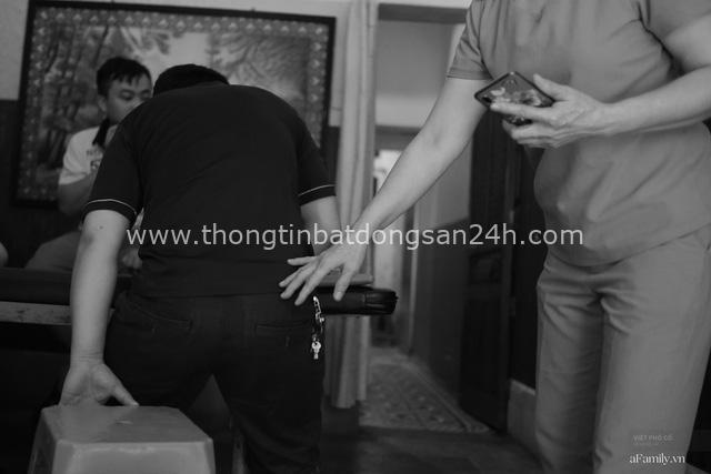 Chuyện của cô Lụa ô sin: Con cái phụng dưỡng đủ đầy vẫn đến Hà Nội để làm bàn tay và đôi mắt cho những người khiếm thị - Ảnh 12.