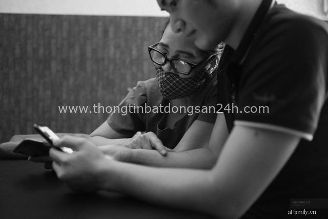 Chuyện của cô Lụa ô sin: Con cái phụng dưỡng đủ đầy vẫn đến Hà Nội để làm bàn tay và đôi mắt cho những người khiếm thị - Ảnh 14.