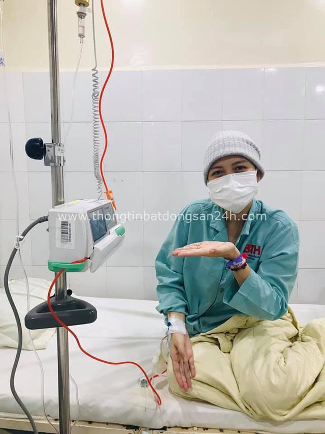 Cô gái Đồng Nai khiến nghìn người ngưỡng mộ vì lạc quan vô địch: 28 tuổi mắc ung thư vẫn quẩy banh nóc tại bệnh viện, lúc nào cũng vui vì được làm công chúa của chồng - Ảnh 4.