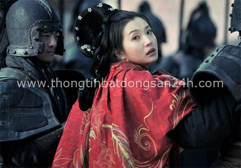 Cuộc đời đầy bi kịch của Hoàng hậu thứ 2 nhà Tấn: 17 tuổi gả cho anh rể, tận hưởng 16 năm nhung lụa để rồi chết đói ở tuổi 34 - Ảnh 2.