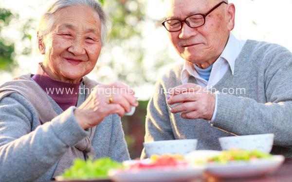 Độ tuổi vàng trong bí quyết dưỡng sinh: Kiên trì bớt 2 trắng, 3 không ham và mang theo 4 chữ, đảm bảo sống thọ trăm tuổi 10