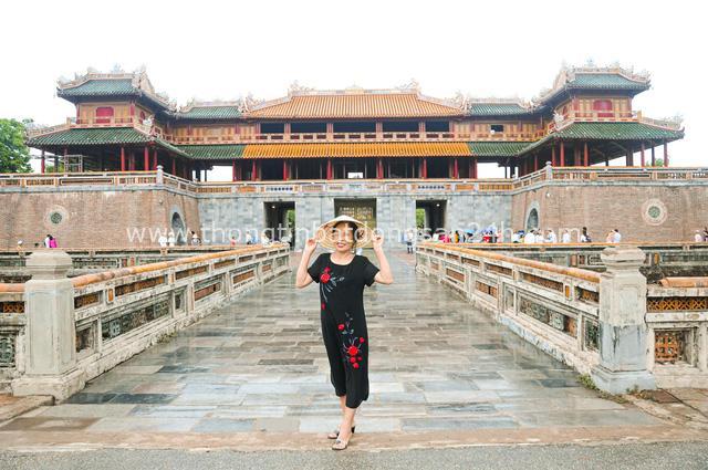 Đưa mẹ đi khắp thế gian: Chuyến du lịch đầu tiên trong đời của mẹ, khám phá Huế - Hội An và giấc mơ dần trọn vẹn - Ảnh 8.