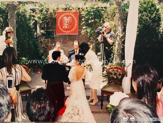 Gia tộc Vua sòng bài Macau trong Ngày của Cha: Hầu hết đều im lặng, chỉ có 2 tiểu thư đăng ảnh nhớ thương người cha quá cố - Ảnh 5.