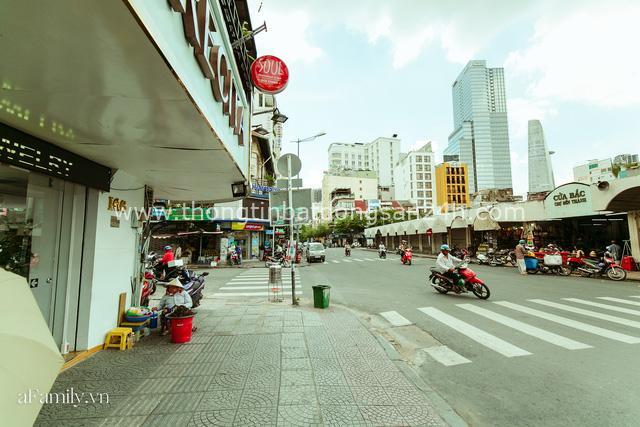 Hàng ốc xào kỳ lạ nhất Sài Gòn chỉ bán 1 món suốt 2 đời, giá tận 120k/lon ốc toàn nhà giàu hay giới sành ăn mới dám mua ship thẳng luôn sang Mỹ - Ảnh 13.