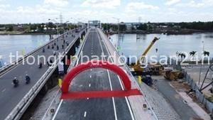 Long An thông xe 6 cây cầu 7