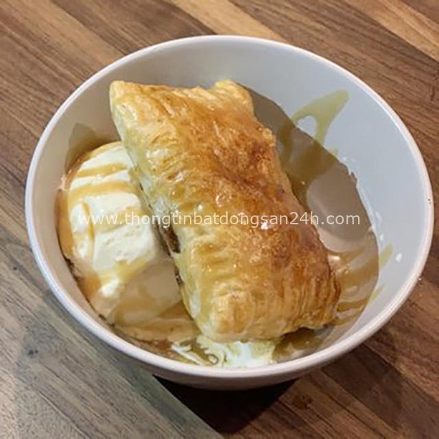 Món bánh táo rác rưởi trong menu nhà hàng của Vua đầu bếp Christine Hà được cư dân mạng chia sẻ rầm rộ và câu chuyện đặc biệt phía sau - Ảnh 3.