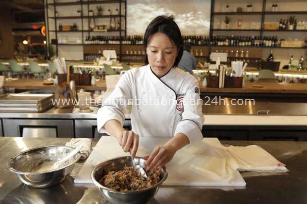 Món bánh táo rác rưởi trong menu nhà hàng của Vua đầu bếp Christine Hà được cư dân mạng chia sẻ rầm rộ và câu chuyện đặc biệt phía sau - Ảnh 5.