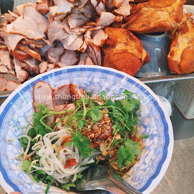 Món trộn - biến tấu ẩm thực thú vị của Hà Nội, càng nắng nóng, càng lắm người mê - Ảnh 4.
