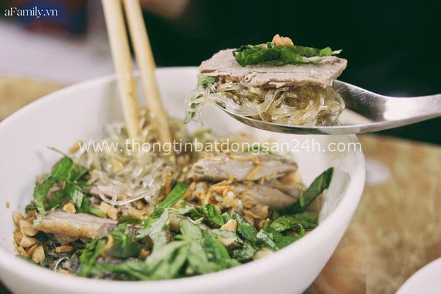 Món trộn - biến tấu ẩm thực thú vị của Hà Nội, càng nắng nóng, càng lắm người mê - Ảnh 12.