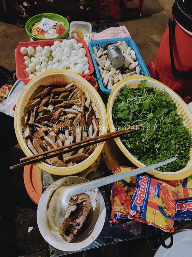 """Ơn giời, trọn bộ kinh nghiệm du lịch Phú Yên chưa tới 2 triệu/người đây rồi: Đến """"vùng đất hoa vàng cỏ xanh"""" thì ăn đâu, chơi gì? - Ảnh 40."""