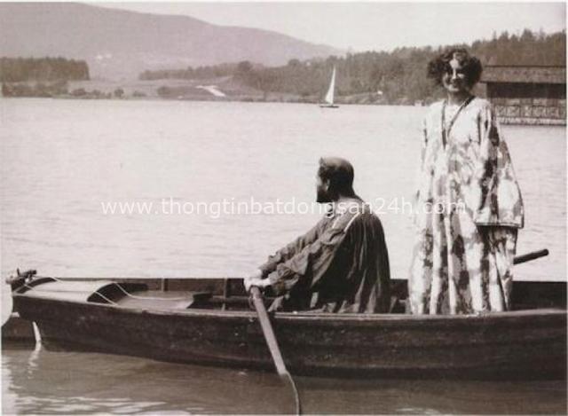 Tuyệt phẩm Nụ hôn của Gustav Klimt: Tình yêu thanh thản và mê say - Ảnh 6.