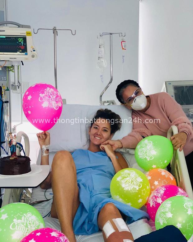 Xót xa nụ cười lạc quan cùng hình ảnh sắc vóc đỉnh cao của Hoa hậu Colombia bị cưa chân trái vì biến chứng phẫu thuật - Ảnh 1.