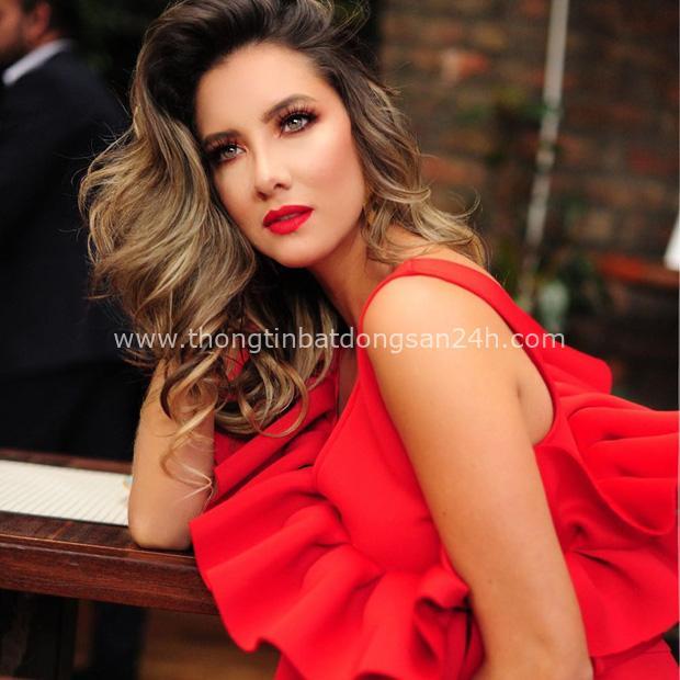 Xót xa nụ cười lạc quan cùng hình ảnh sắc vóc đỉnh cao của Hoa hậu Colombia bị cưa chân trái vì biến chứng phẫu thuật - Ảnh 7.