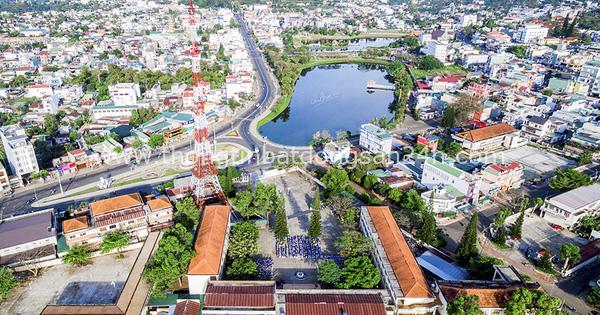 Hàng loạt Tập đoàn BĐS lớn như T&T Group, Him Lam, Văn Phú, Ecopark, Tân Hoàng Minh...đang ồ ạt đổ về tạo nên những cơn sốt cục bộ cho thị trường BĐS nơi đây 6